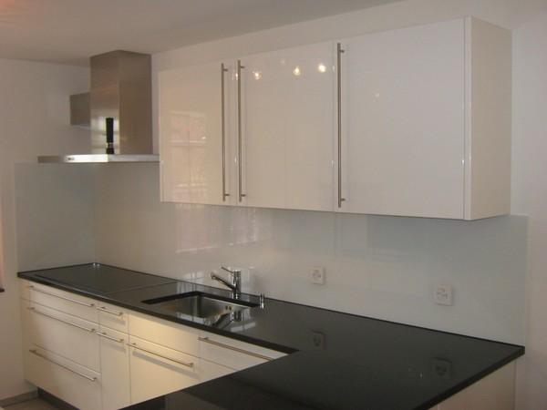 glasr ckwand k che. Black Bedroom Furniture Sets. Home Design Ideas